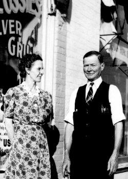 Flossie & Millie Widger | 1933